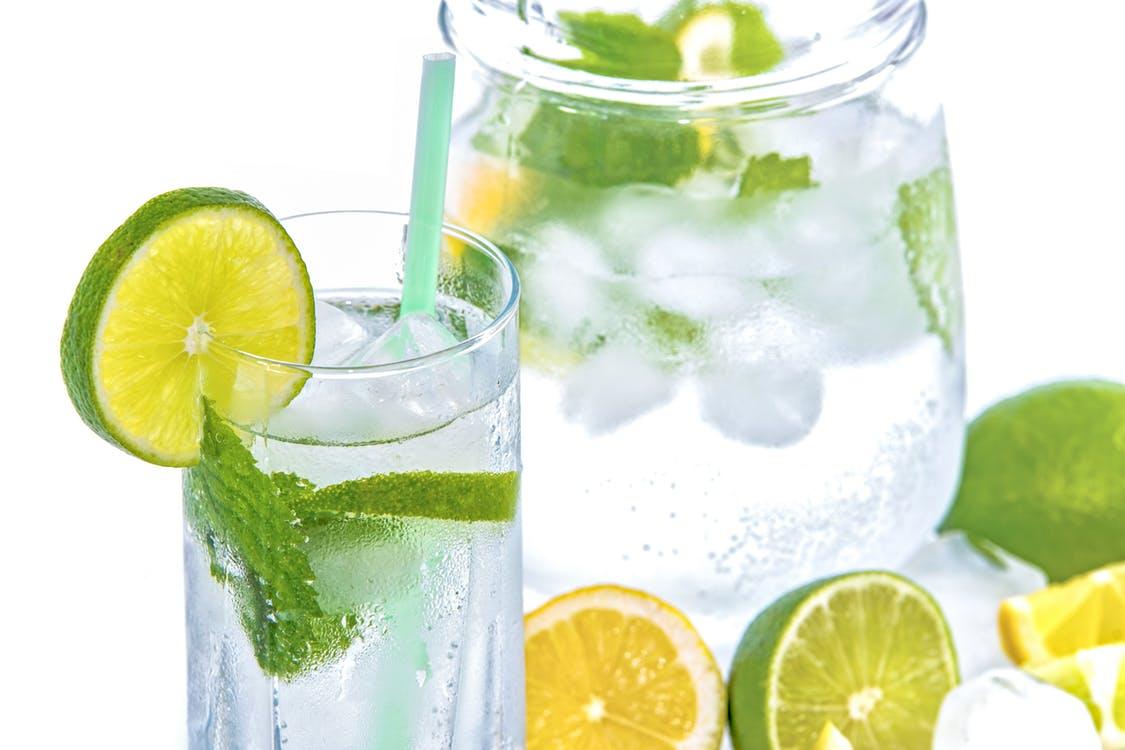 água alcalinizada